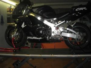 Tavolo Da Lavoro Per Moto : Archive costruiamoci un sollevatore per la moto